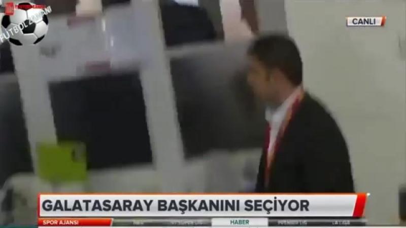 Başkan Adayları Dursun Özbek, Mustafa Cengiz ve Ozan Korkut Oylarını Kullanıyor 26 Mayıs 2018