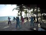 Тай Чи, бухта Санья Бэй; Tai chi exercises on Sanya Bay