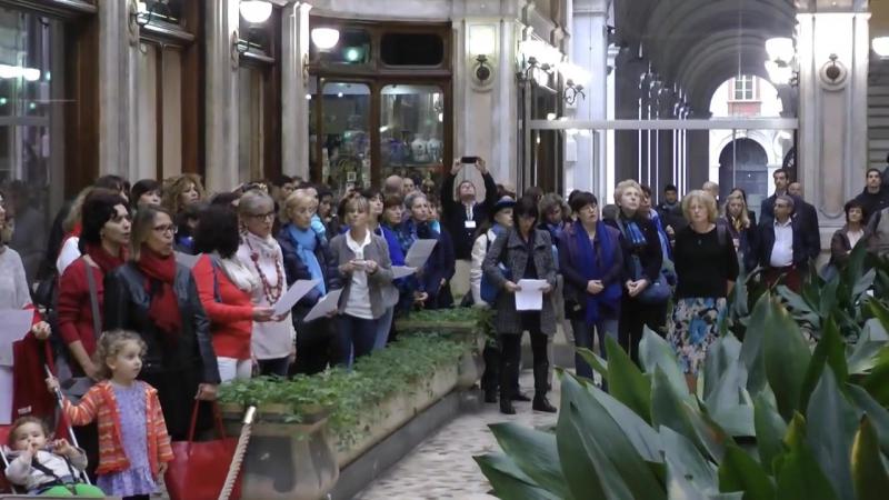 W.A. Mozart. Ave verum corpus (flash mob) FELICE GIORNATA A VOI TUTTI/E