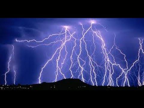 Зарница ночью.Непрерывные удары молнии в течении нескольких часов,очень необычная гроза.
