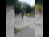 Мужчина с мачете в Тынде (360p).mp4