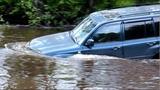 Брод через реку Toyota Land Cruiser 100, УАЗы,  Нивы, Патриот, Land Rover, Паджеро.Часть2
