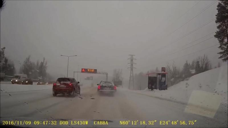 Как ездят и попадают в аварии горячие финские парни, и не только...
