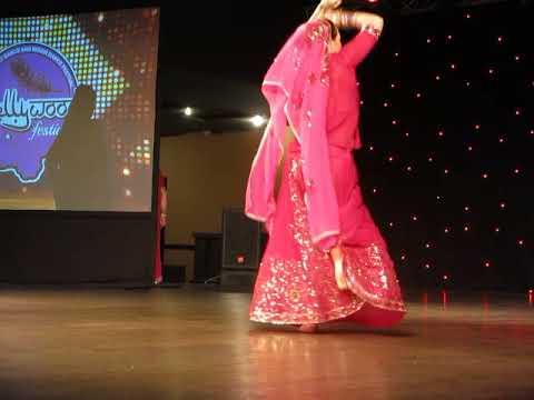 Школа индийского танца Амрапали. Семенова Ольга. Танец Aaja Sajan Aaja. Руководитель Лонская Дарья