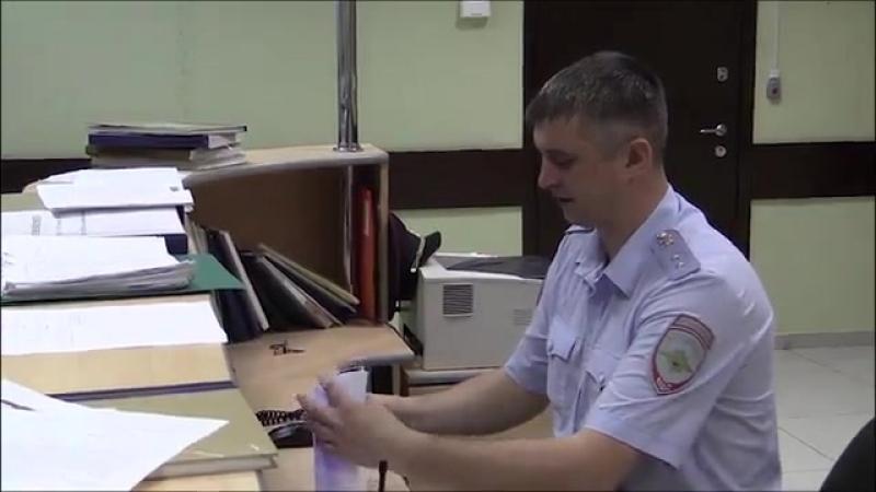 Женщина оставила 30 тысяч рублей в такси и улетела в другой город