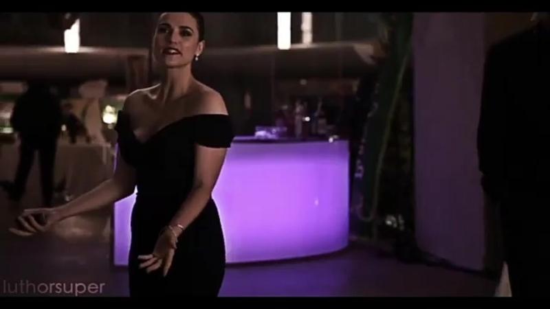 Lena luthor/supergirl vine