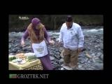 Чечня. На кухне у... Ведущая в гостях у жителя с.Соьха Рамзана Дадаева готовят блюдо УХО