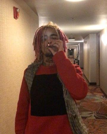 "LIL PUMP LIL PUMP JETSKI on Instagram: ""SMOKIN DOPE IN THE HOTEL HALLWAYS"""