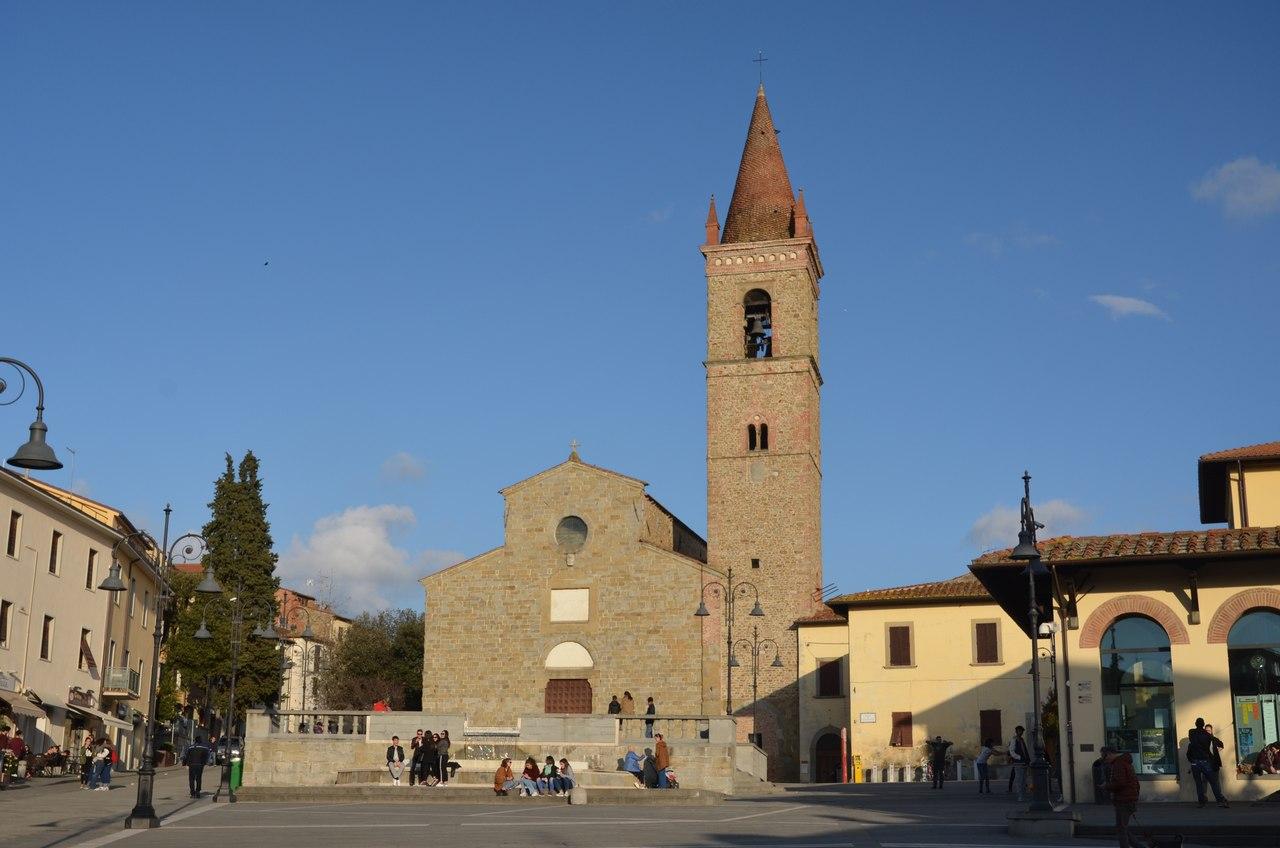 UdERNLhX6XM Ареццо один из самых очаровательных городов Италии.