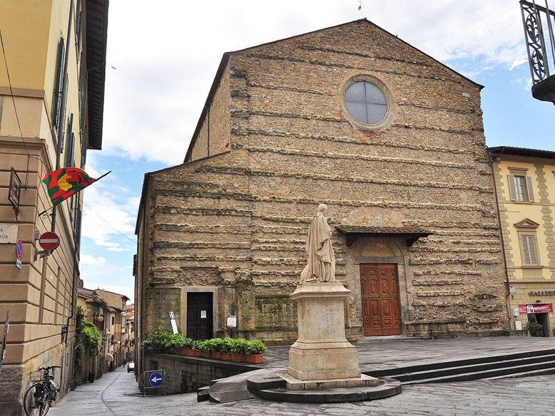 rB0mq9zPxUA Ареццо один из самых очаровательных городов Италии.