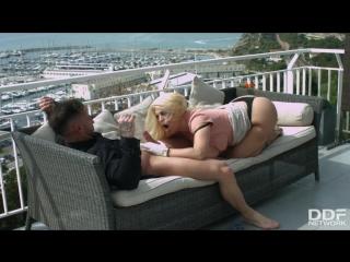 Busty blondie blows big dick blondie fesser ddfnetwork big tits milf boobs brazzers stepmom wife anal ass blow job hand job