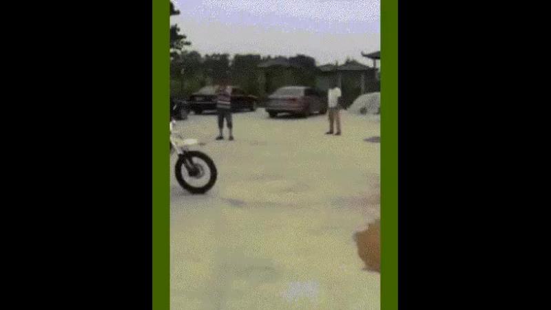 не стать ему мотоциклистов