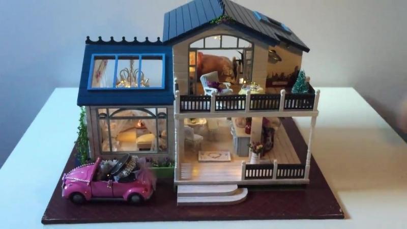 Кукольный дом - двухэтажный коттедж с музыкальной комнатой