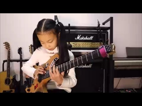 CHINA GIRL Liu Pinxi aka Yoyo Plays Mindblowing Guitar Ages 8 -10