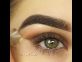 Очень красивый макияж для зелёных глаз