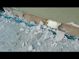 На чем держится дом, когда рушится фундамент