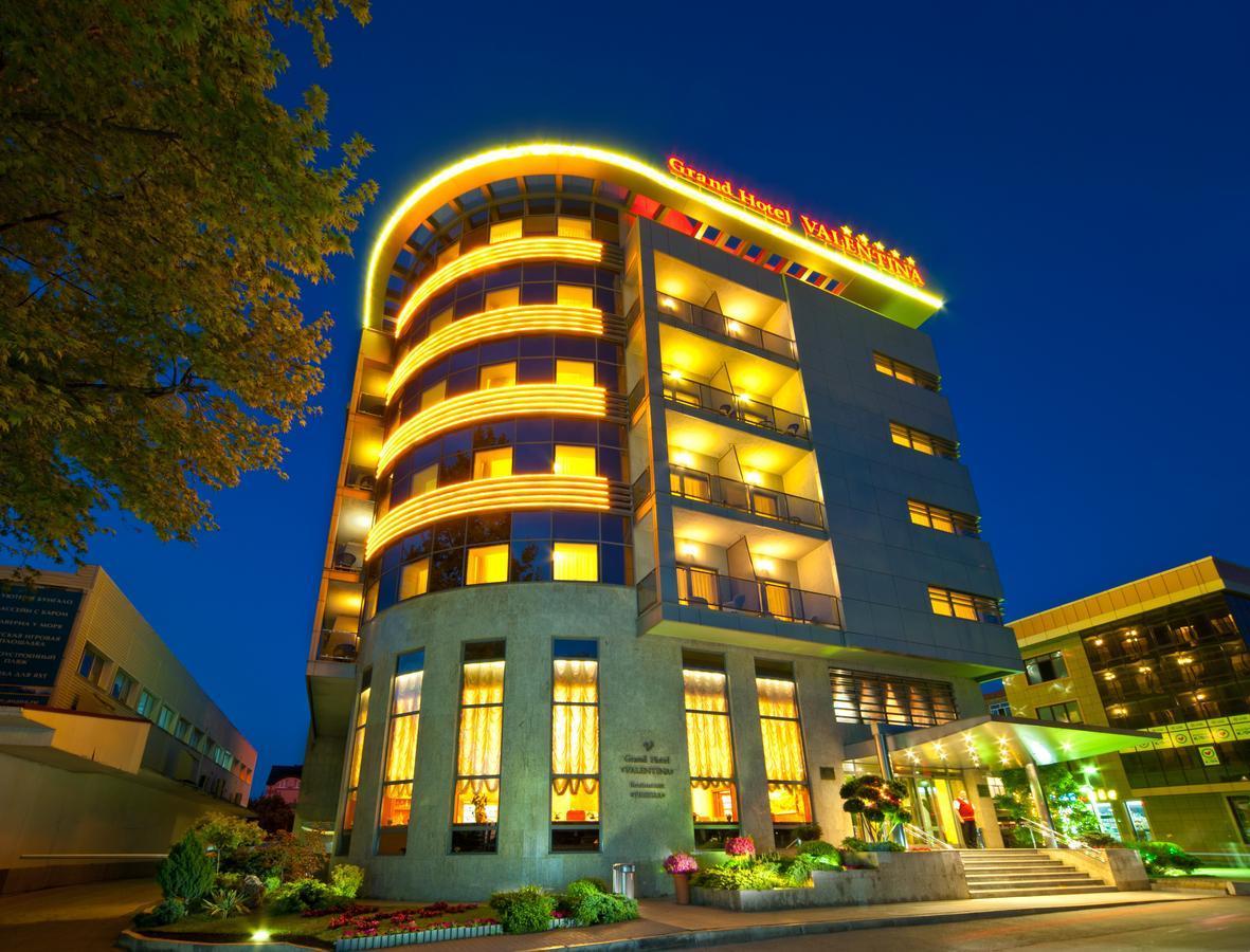 Преимущества бронирования отелей и хостелов через онлайн-сервис