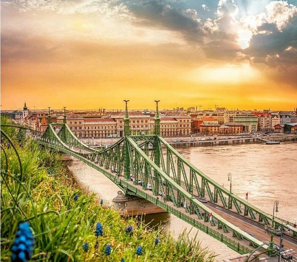 ПРЯМЫЕ авиабилеты в Будапешт от 6400 туда-обратно с вылетом в конце мая