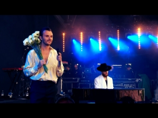 Hurts live at isle of wight festival 2018