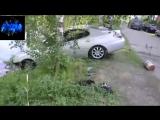 Clowns drown their cars