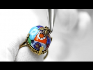 The savoir-faire of the D-Murrine costume jewellery