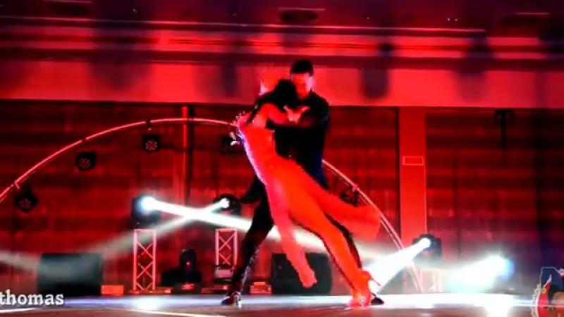 V танцы ♕ королева танцев бачата ♕ Самые сексуальные и красивые танцовщицы мира mp4