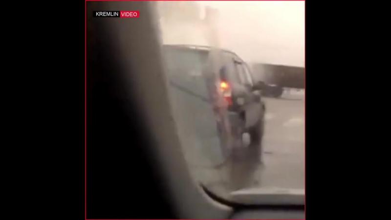 Призрачный гонщик по русски в Орле водитель проехал по городу на горящем маршрутном автобусе