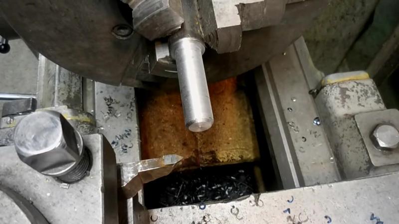 Как нарезать резьбу на токарном станке 1к62
