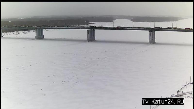 Веб камеры К24 Затруднённое движение на Новом мосту в Барнауле