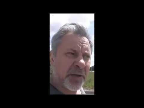 Можно селфи В Зеленограде мужчина дал по лицу полицейскому и убежал Прикольное смешное видео