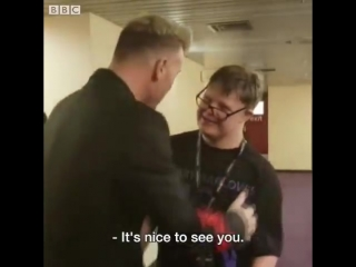 Vid a lovely moment. - super fan george walker meets his hero gary barlow. ️️️