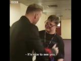 Vid A lovely moment. - Super fan George Walker meets his hero Gary Barlow.