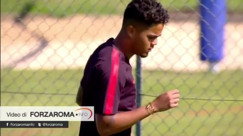 Training Kluivert