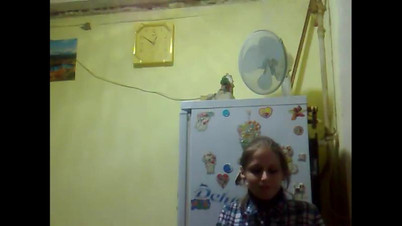 Даша и Марина на кухне_-)