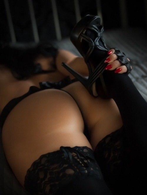 Cam girl masturbating with sextoy sexyiass