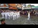 Южная Корея. Моряки разных стран на параде.. Главная часть парада русские и американцы.. -