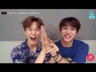 mark and lucas comparing hands (2018)