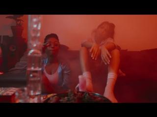 SXTN - Bongzimmer (Official Video)