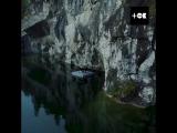 Пианист Павел Андреев сыграл свою мелодию «Пробуждение» в мраморном каньоне Рускеалы
