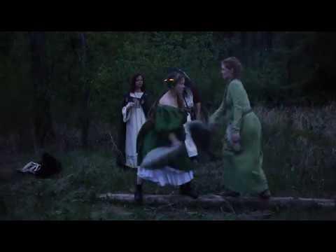 Бои дев подушками на бревне l Бельтайн 2018