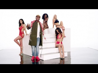 Famous Fresh, Chris Brown - Leave Broke (Official Video).mp4