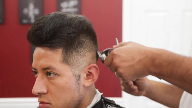 How to cut a Pompadour Skin Fade w enhancements Wahl