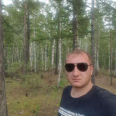 Артем Худяков