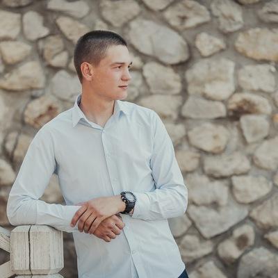Иван Аношкин