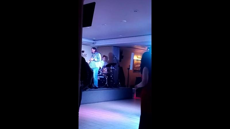 Трио Дениса Галушко в рестоклубе Гости музыканты г. Екатеринбург (1)