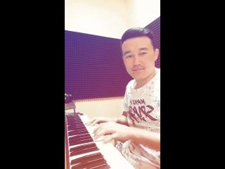 Сер Нур пианино..