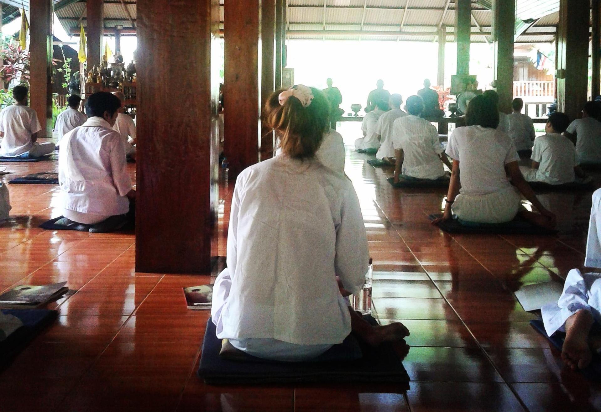 женщины в монастырях Таиланда