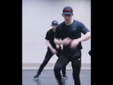 I swear that fucking hip thrust move is gonna be the end of me
