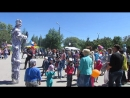 Шоу ходулистов день города Новомичуринск