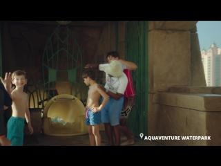 RUSSIA_RUSSIAN_Aquaventure_Couple